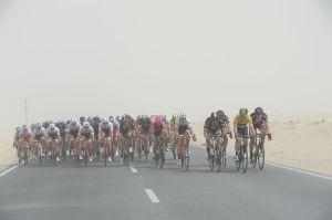 Tour-Of-Qatar-Peloton-Dusty